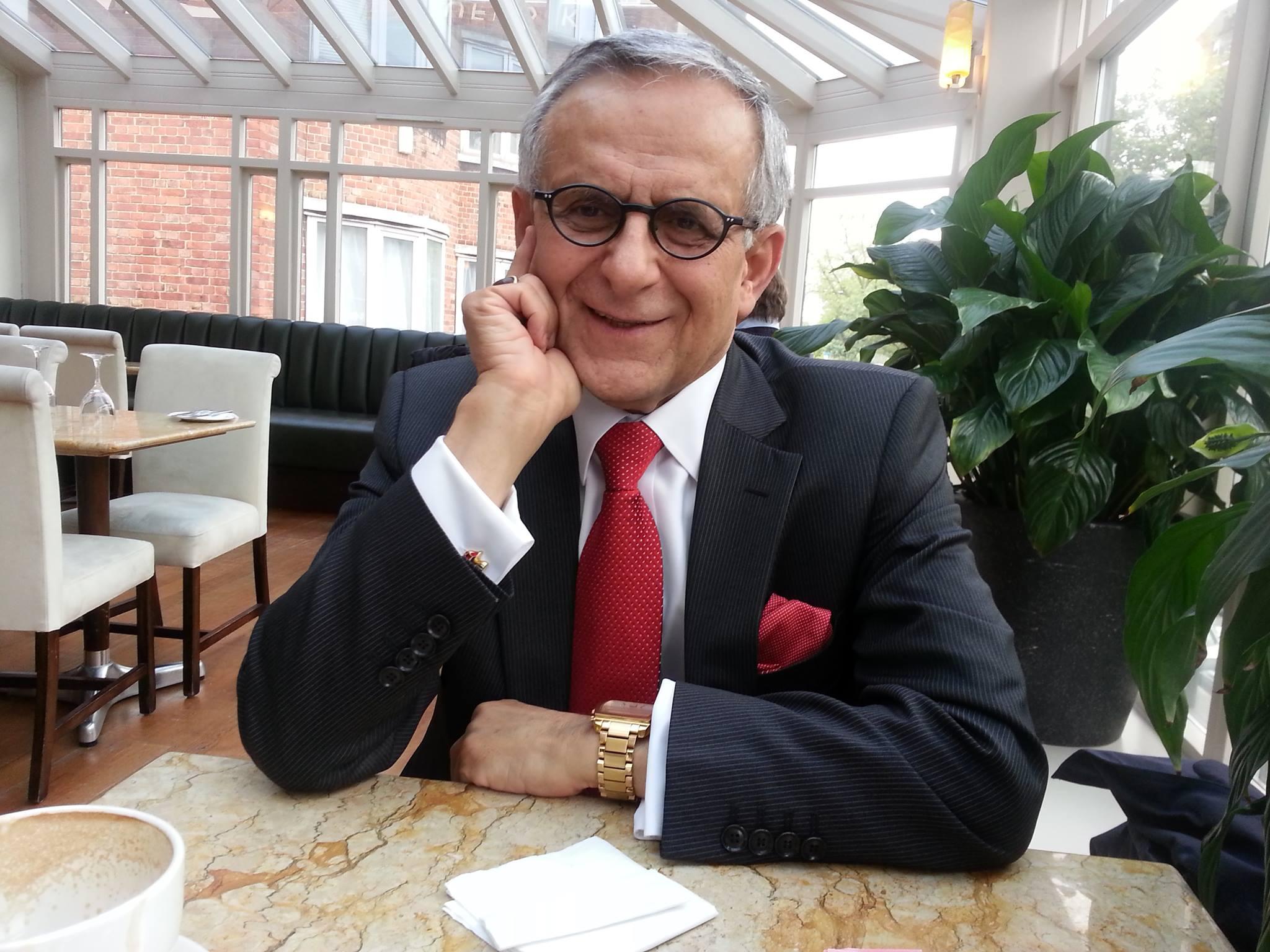 دکتر هوشنگ امیر احمدی