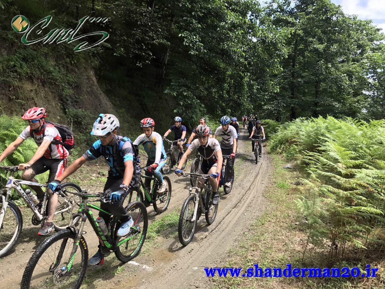تور دوچرخه سواری گروه آویشو در ارتفاعات شاندرمن
